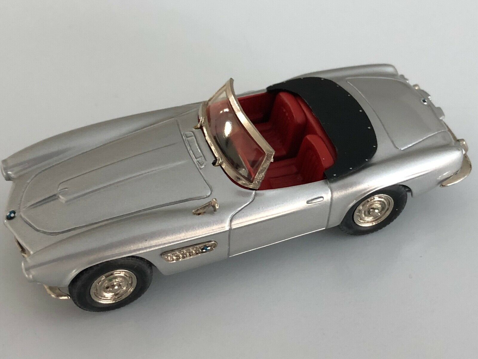 Danhausen Metal 43 AMR BMW 507 Roadster handbuilt handbuilt handbuilt model in 1 43 scale No. 1028 4ddac8