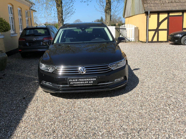 VW Passat 2,0 TDi 150 Comfortl. Vari. DSG 5d - 299.900 kr.