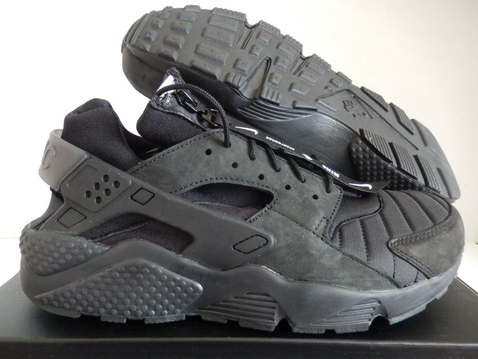 NIKE AIR HUARACHE RUN QS BLACK-WHITE-BL<wbr/>ACK SZ 13 NYC NEW YORK ED! [AJ5578-001]