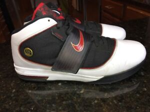 on sale 20441 849b6 Details about NIKE ZOOM SOLDIER IV 4 WHITE RED BLACK USA 407707-100 LEBRON  Size 14