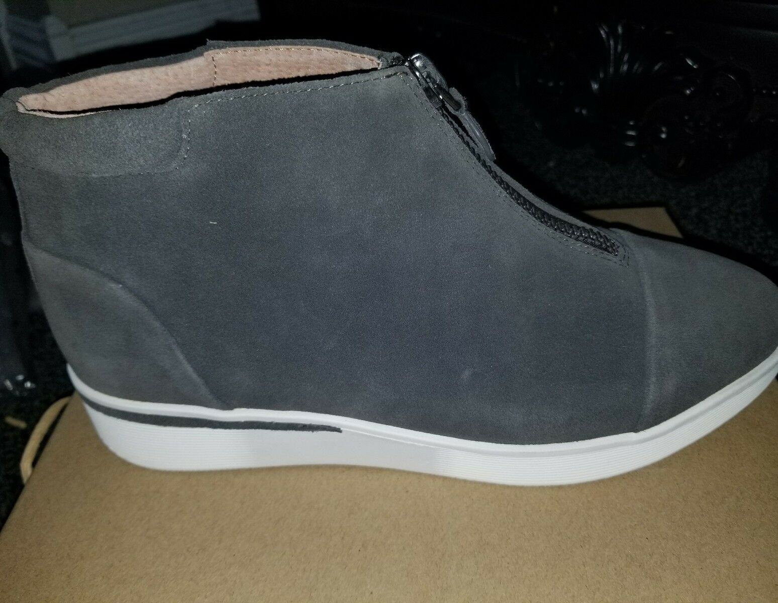 Gentle Souls Womens shoes size 10