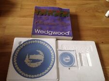 Wedgwood JASPER azzurro PIATTO di NATALE in scatola con volantino 1979