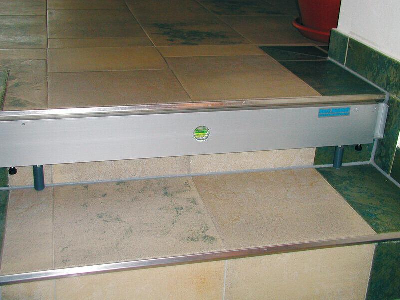 Richtfix aus Aluminium flexible Treppenschalung   Der Schatz des Kindes, unser Glück    Zu verkaufen    Ausgezeichnet (in) Qualität