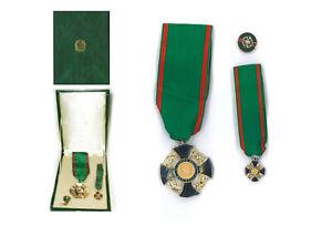 Cofanetto Cavaliere della Repubblica Italiana con Distintivo in Metallo Rosetta