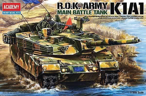 Academy 1 3 5 (13215)  Solid K1A1 ROK ARMY