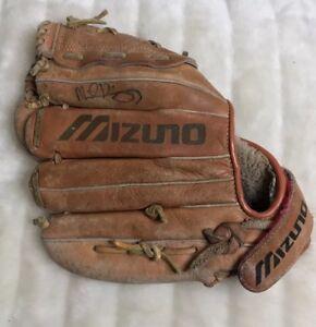 Mizuno-Max-Flex-Professional-Model-S-Flex-SteerHide-Mt-1500-Baseball-RHT-Glove