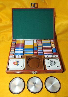 Cerca Voli * Vintage Scatola Legno / Pelle Gioco Carte Con Fiches, Dadi E Due Mazzi Carte *