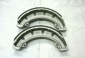 Pair-of-Front-8-inch-Twin-Leading-Brake-Shoes-Triumph-T100R-TR6-T120-37-1996