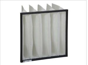 Taschenfilter-aus-synthetischem-Filtermedium-Halterahmen-aus-Kunststoff-G4