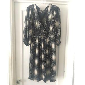 4a5e95a39af Image is loading TIBI-Black-Ivory-Print-V-Neck-Silk-Dress-