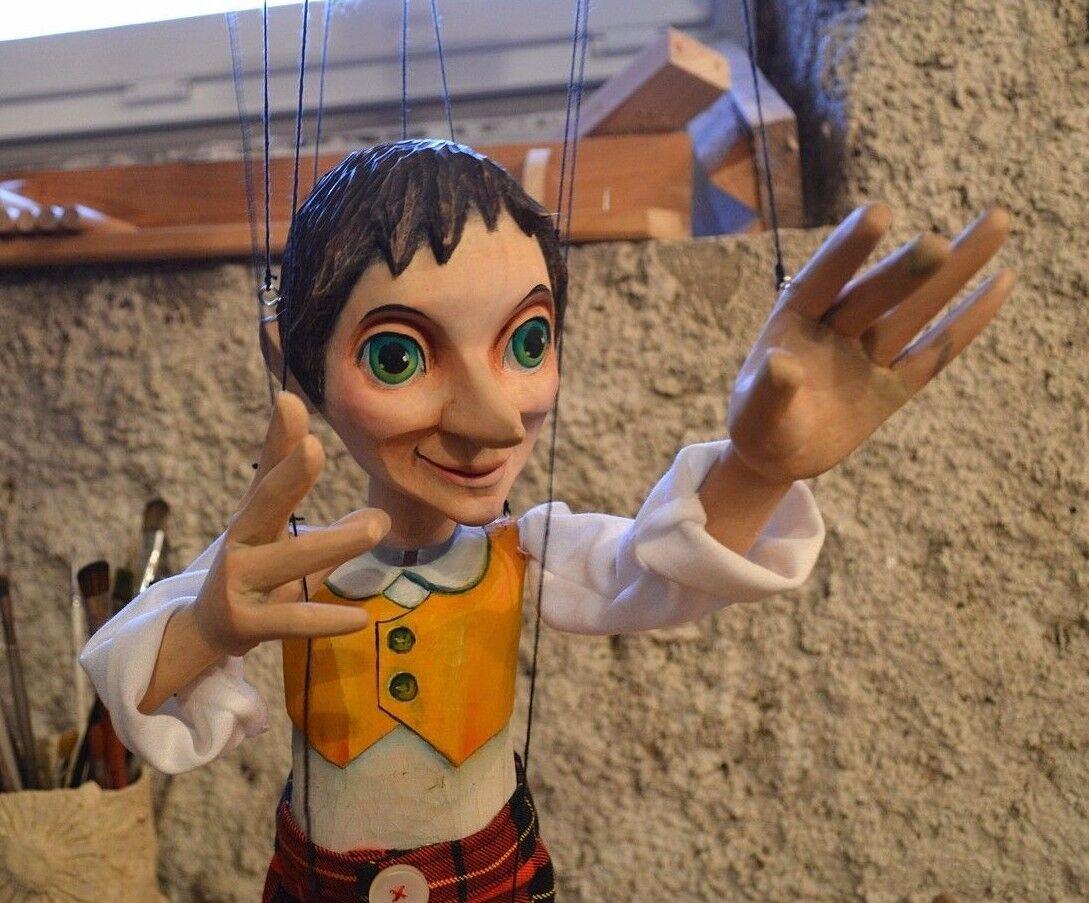 Pinocho hecho a mano marioneta. marioneta de mano tallada Clásico 18  De Alto