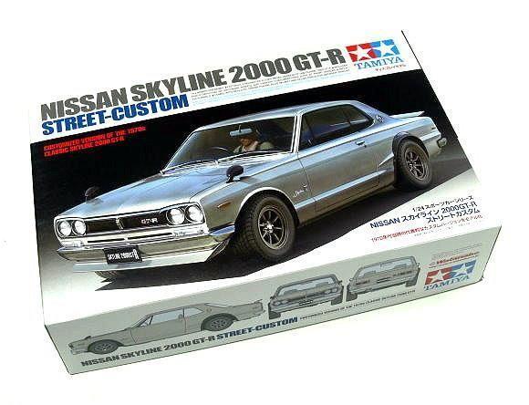 Tamiya Automotive Model 1 24 Car Nissan Skyline 2000 GT-R Street-Custom 24335