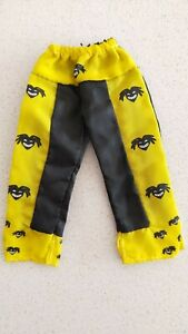 RARE-WWE-Wrestling-Kofi-Kingston-Yellow-amp-Black-Pants-for-Figurine-New-NO-Tag