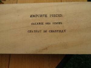 14-EMPORTE-PIECES-GALERIE-DES-SINGES-CHATEAU-DE-CHANTILLY