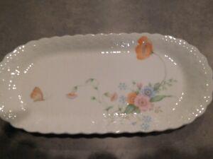 Mikasa-Narumi-Bone-China-034-Something-Blue-034-14-034-x-10-034-Oval-Serving-Plate