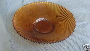 Beautiful vintage light amber serving bowl