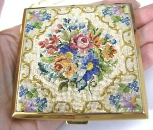 Vintage-AGME-Switzerland-Needlepoint-Compact-Gold-Tone-Case-Sifter-Puff-3-034-x-3-034