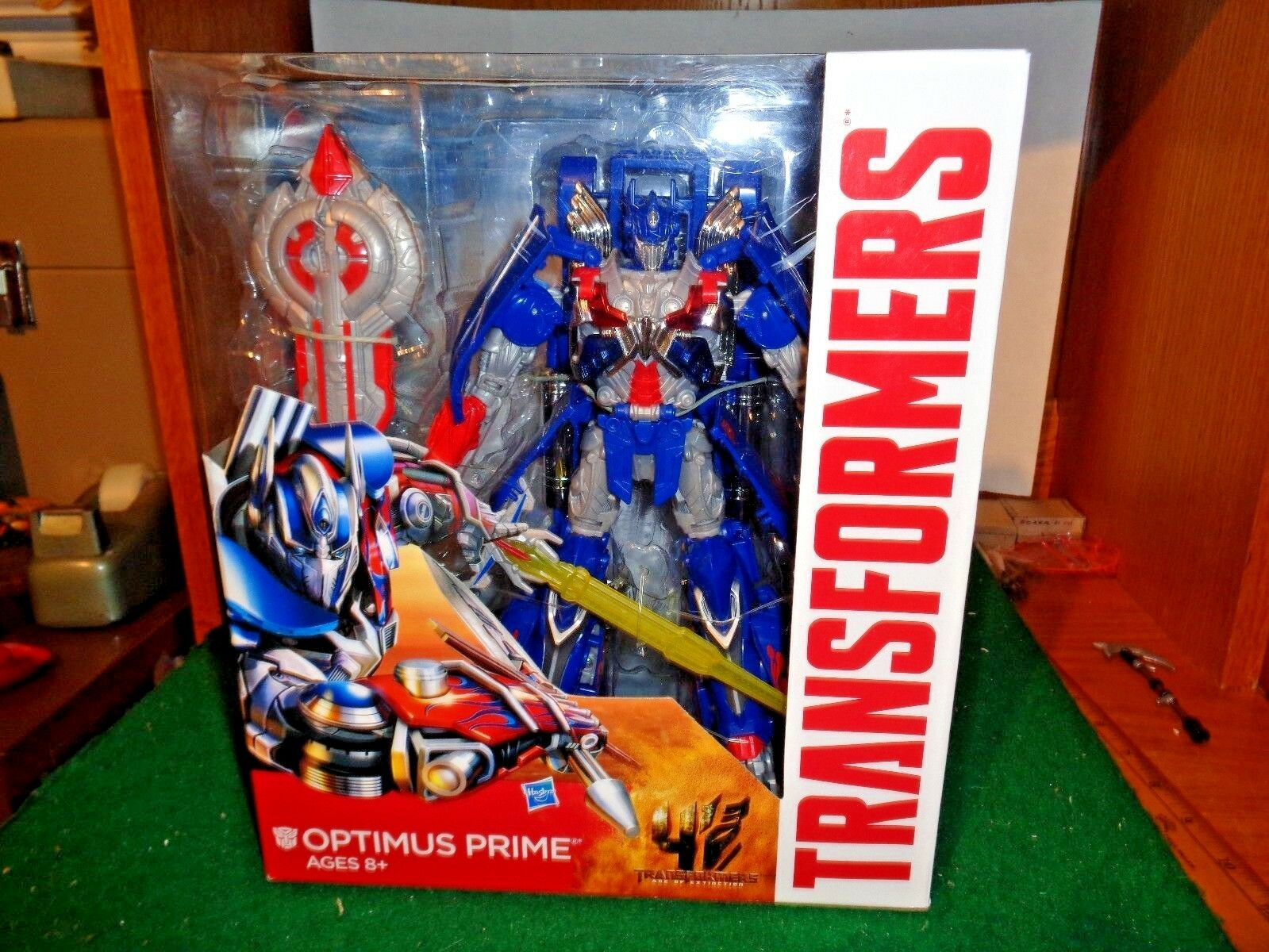 Transformers Age of Extinction Leader Class Optimus Prime Autobot  by Hasbro