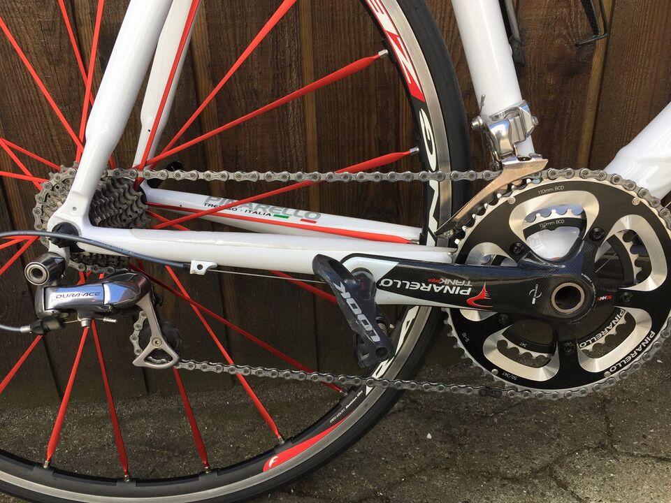 Pinarello, ny cykkel 7,6 kg hvid