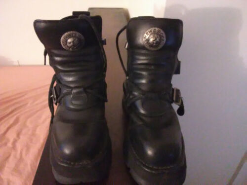 New Rock Black Reactor Boots Size 8.5 - 9 Used
