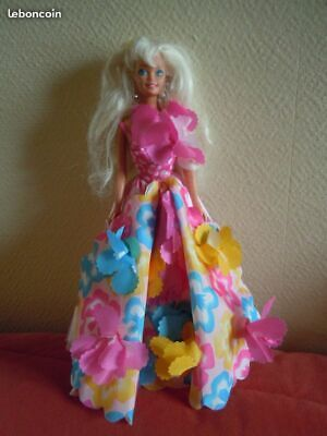 Inventivo Poupee Barbie Fleurs