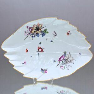 Meissen-um-1740-grosse-Blattschale-mit-Holzschnitt-Blumen-nach-Weinmann-Schale