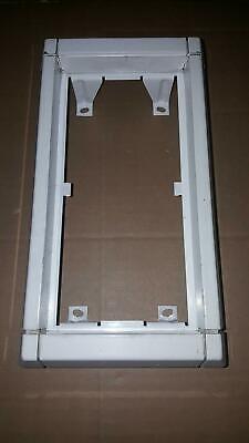 Ritto Portier Rahmen Unterputz Außen weiß 4-fach geb.