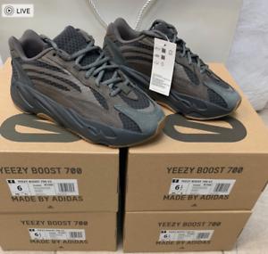 Adidas Yeezy Boost 700 V2 Geode Wave