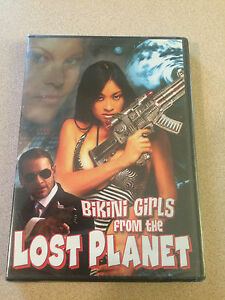 girsl the lost from planet Bikini