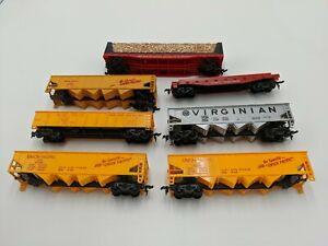 Vintage-HO-Scale-Tyco-Train-Car-Lot-of-7-Coal-Car-Wood-Car-Flat-Car