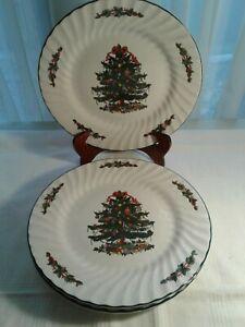 4-Christmas-Village-10-034-Round-Christmas-Tree-China-Dinner-Plates