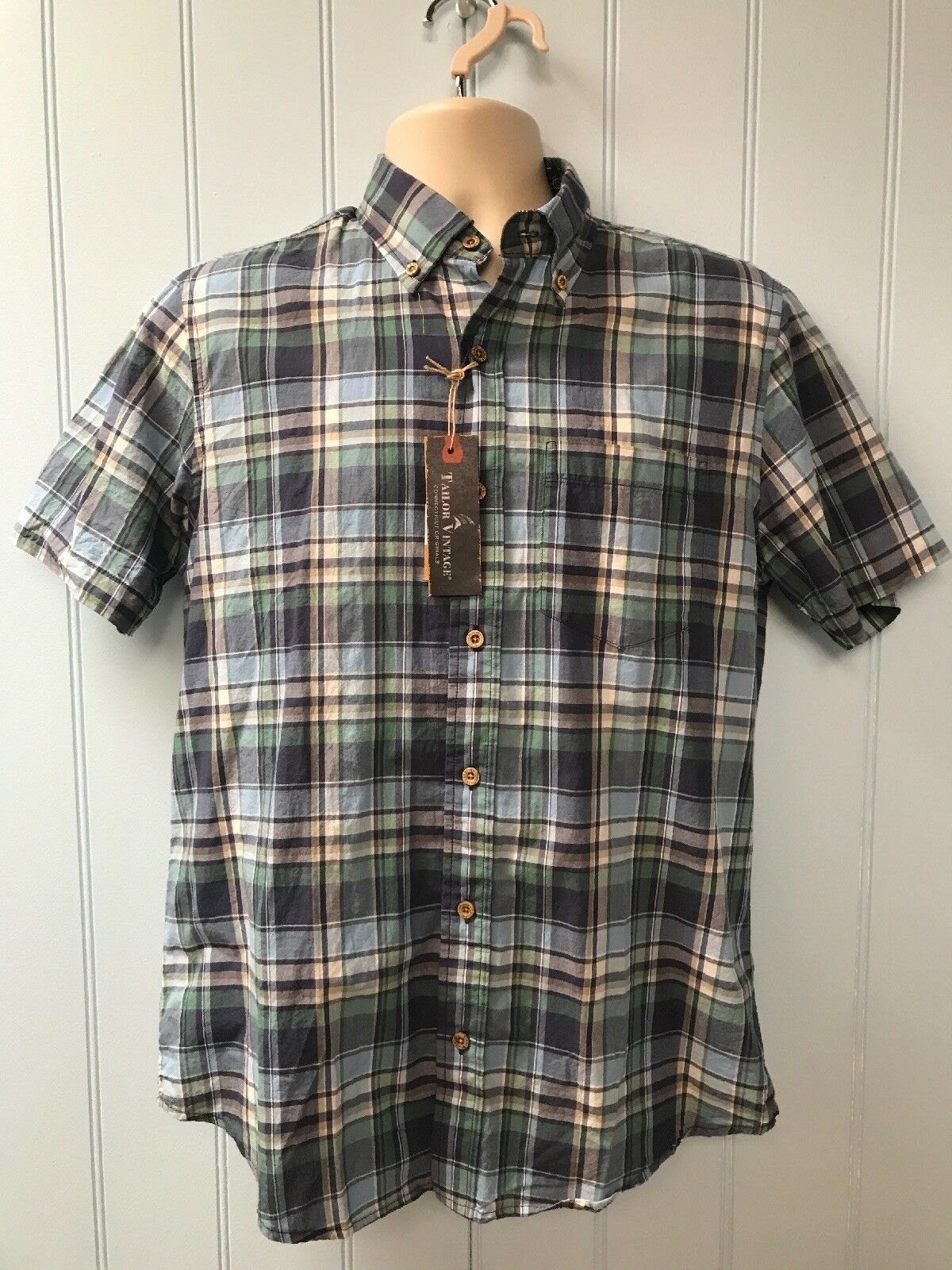 NWT  Tailor Vintage Short Sleeve Button Front Plaid Casual Shirt Size S