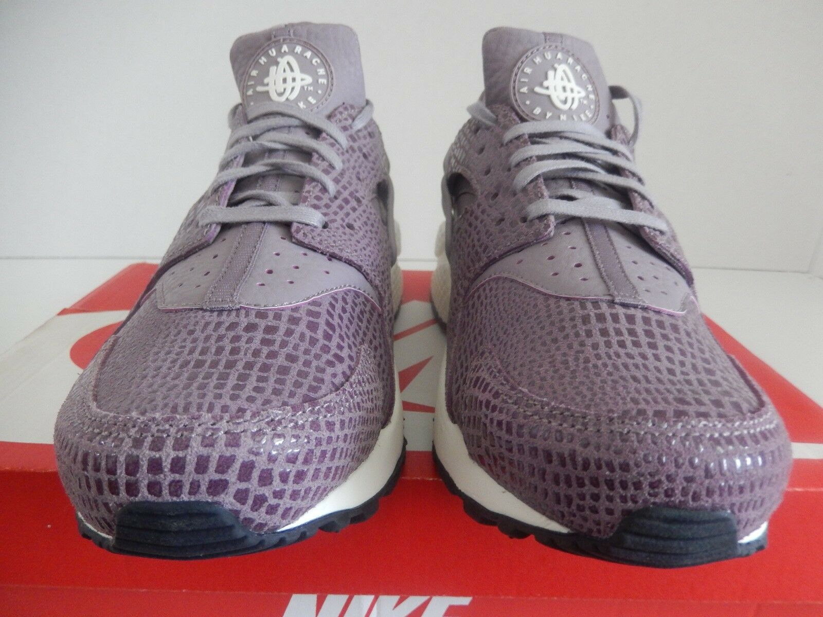Mujeres Nike Air Huarache Run impresión Púrpura Humo Humo Humo Vela Talla 5 a24bc8