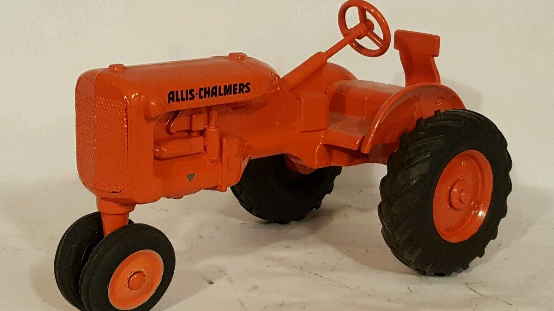 precios ultra bajos Allis Chalmers C C C 1 16 Diecast Tractor de Granja réplica por American producto de precisión  100% autentico