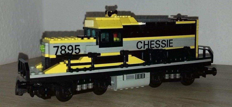 LEGO LOKOMOTIVE ( EISENBAHN LOK )LÄNGE CA 27CM HÖHE CA 10CM TIEFE CA 7CM