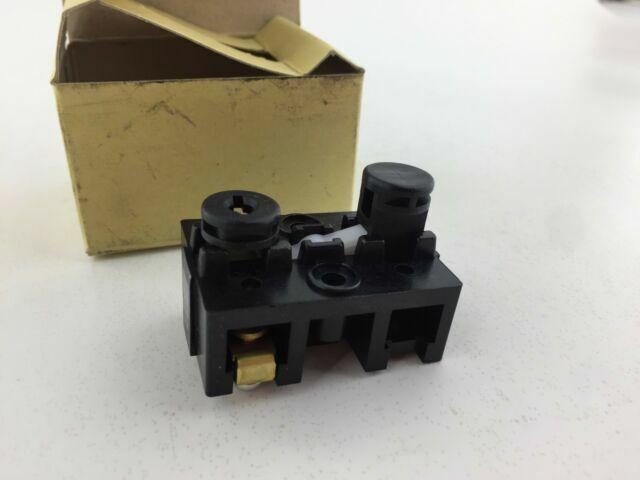 NOS* Magnetek SBPU-H2 Push Button Switch