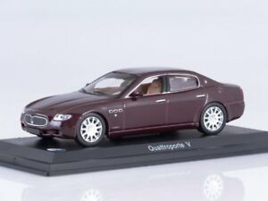 Die cast 1//43 Modellino Auto Maserati Quattroporte 2003