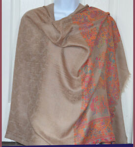 Handwoven-Pashmina-Cashmere-Blend-Tan-Color-Floral-Paisley-Shawl-From-India