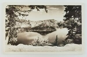 Postcard-RPPC-Crater-Lake-Rim-Crater-Lake-National-Park-Oregon