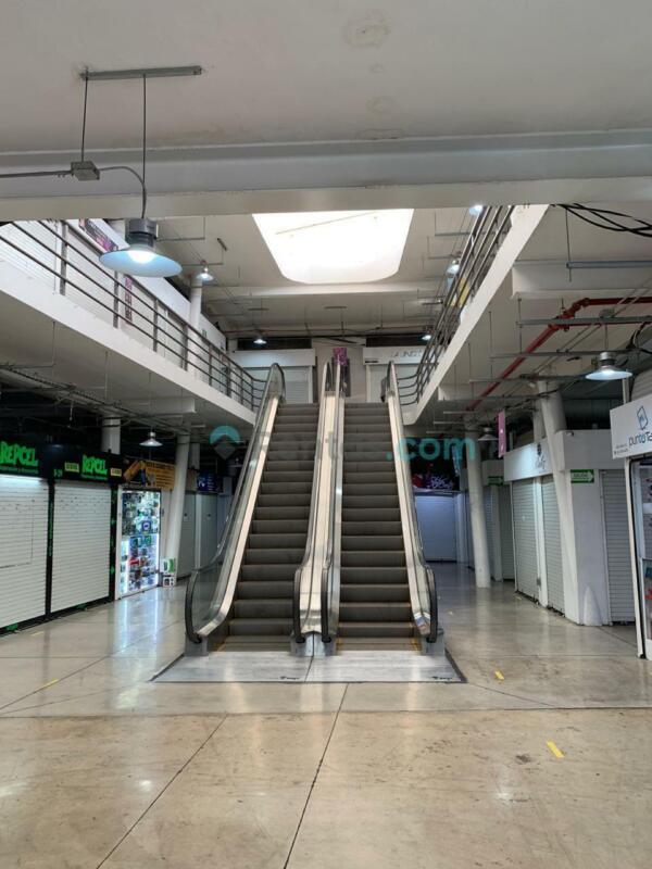 Local Comercial PLAZA DE LA TECNOLOGÍA CENTRO SUR Segundo Nivel en esquina