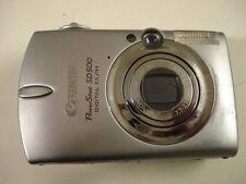 Nice Canon Powershot SD500 Digital Camera IXUS700