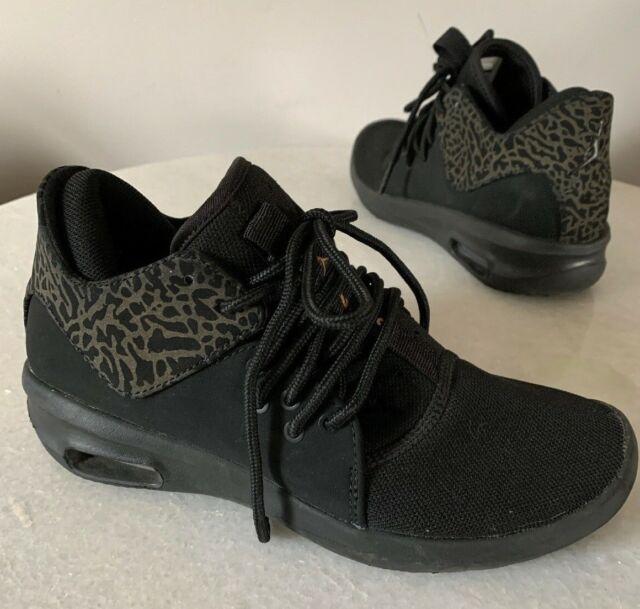 Nike Air Jordan First Class SNEAKERS