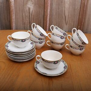 10-Vintage-French-Saxon-China-Floral-Garland-Pattern-Cups-and-Saucers