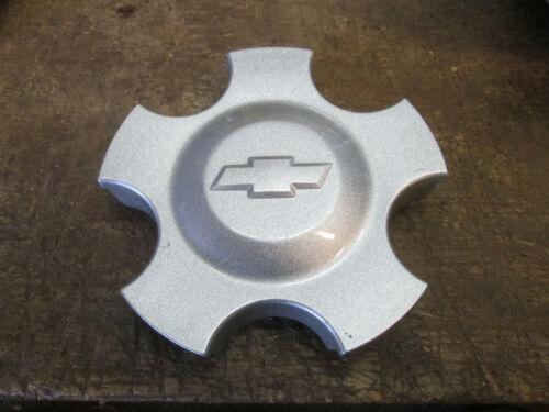 06 07 08 09  Chevrolet Impala OEM  wheel center cap used OEM