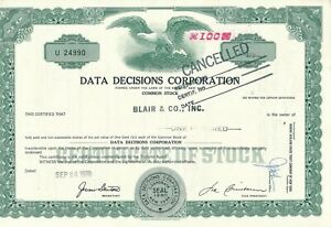 Data Decisions Corporation, 100 Shares, U24990-afficher Le Titre D'origine Renforcement Des Nerfs Et Des Os