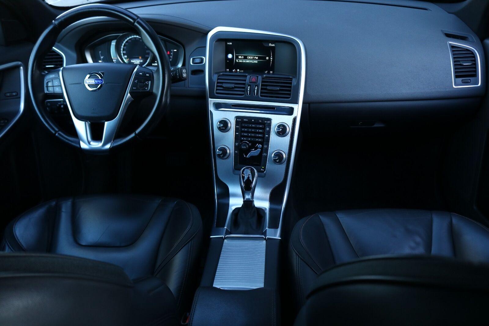 Volvo XC60 D3 136 Ocean Race aut.