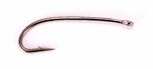 Peter Jones/' Larval Hooks Gaelic Supreme