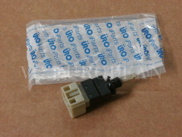 URO Parts 0015456409