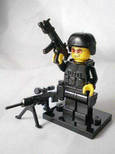 LEGO 3850033 LONDON EXCLUSIVE GRENADIER GUARDSMAN NEW SEALED RARE FREE