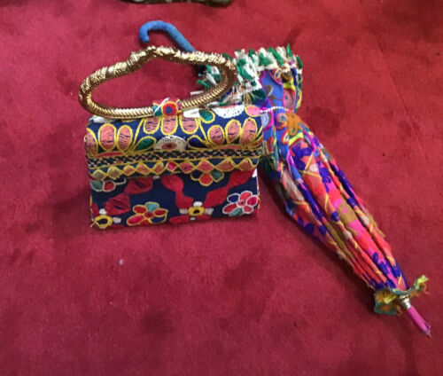 Vintage 60's 70's Indian Bag And Umbrella  Set Col